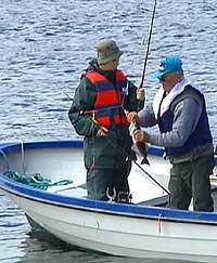 Tyske turistar på fiske - arkivfotoTorje Bjellaas NRK