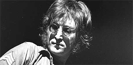 John Lennon koster flesk! Foto: Scanpix.