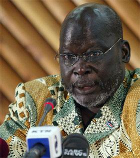 Sudans visepresident John Garang var på vei til Sør-Sudan da ulykken skjedde. (Arkivfoto: Simon Maina/AFP/Scanpix)