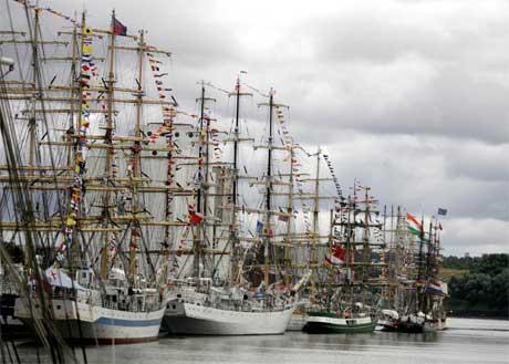 Rundt 100 seilskuter er på vei fra Newcastle til Fredrikstad.(Foto: AP Photo/Scott Heppell/Scanpix)