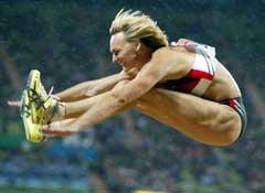 Heike Drechsler tok to VM-gull i lengde. (Foto: AP/Scanpix)
