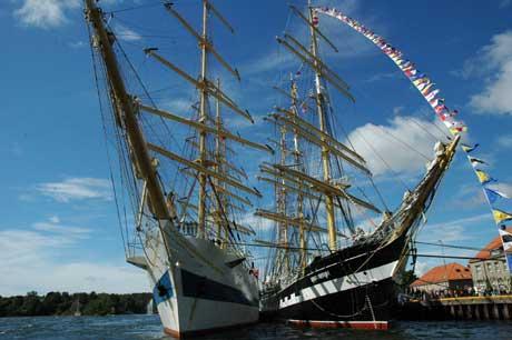 Mange flotte skuter lå til kai i Fredrikstad under Tall Ships` Races. (Foto: Rune Fredriksen, NRK)