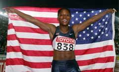 Lauryn Williams jublet etter seieren. (Foto: Reuters/Scanpix)
