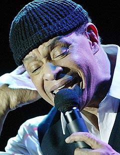 Den amerikanske sangeren Al Jarreau er kanskje Sildajazz sin aller største attraksjon i år. Foto: Heino Kalis, Reuters / Scanpix.