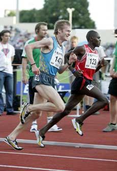 Marius Bakken klarte ikke å henge med på 5000 meteren under Bislett Games. (Foto: Jon Eeg / SCANPIX)