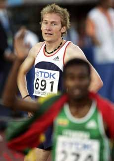 Marius Bakken kom på 12. plass på 5000 meter for herrer under VM i friidrett i Helsingfors søndag. (Foto: Cornelius Poppe / SCANPIX)