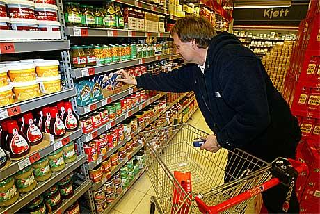 En omfattende undersøkelse i 25 000 europeiske butikker viser at Norge er dyrest i Norden. Foto: Scanpix