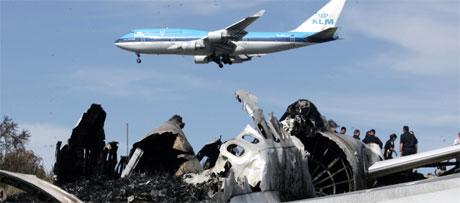 EU-kommisjonen ønsker å lage en svarteliste over flyselskaper som ikke er trygge. Foto: AP Photo