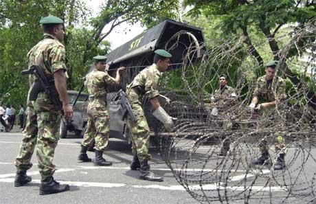 Situasjonen på Sri Lanka er framleis fastlåst. (Foto: AP/Scanpix)