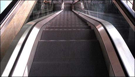 Ulykkesforløpet startet øverst i rulletrappen. (Foto: Scanpix)