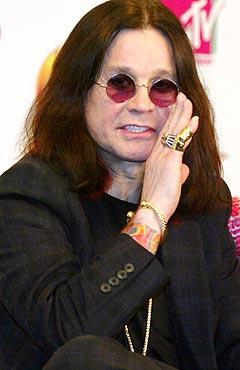 Det skal ha vært Ozzy Osbourne som organiserte kasting av egg på Iron Maiden under Ozzfest i helga. Foto: Rob Griffith, AP Photo / Scanpix.