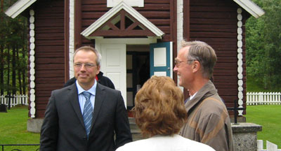 Forsvarer Jostein Løken (t.h.) la ned påstand om frifinnelse.