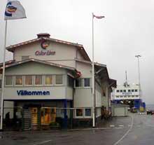Strömstad kommunes avtale om enerett for Color Line på Torskholmen (bildet) er i strid med EU-direktivene. Foto: Rainer Prang, NRK