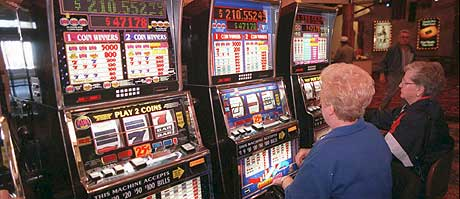 Norsk Tipping kan beholde sitt monopol på spilleautomater. (Illustrasjonsfoto: Scanpix/AP)