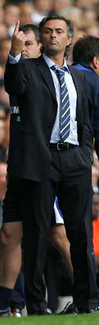 Mourinho er nummer én i England. (Foto: AFP/ SCANPPIX)