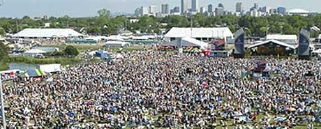 New Orleans Jazz Festival har samlet tusenvis av mennesker årlig siden 1970. Til neste år må festivalen flytte på grunn av orkanen Katrinas herjinger. Foto: Promo.