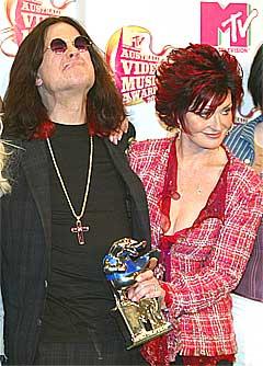 Ozzy Osbourne og kona Sharon har hatt et turbulent ekteskap. Foto: Scanpix.