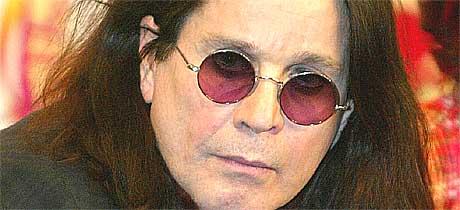 Ozzy Osbourne må ha med seg psykolog på turne. Foto: Scanpix.