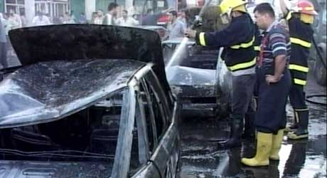 Den kraftige bomben eksploderte i et sjiamuslimsk distrikt i Bagdad. (Foto: Reuters TV)