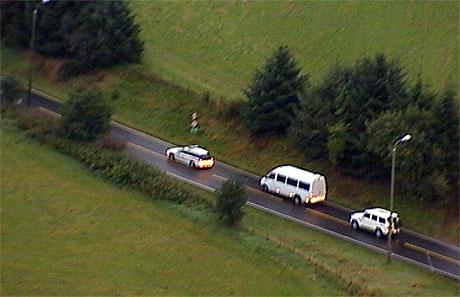 Transporten av fangene fra Stavanger fengsel til rettslokalene. Foto: NRK