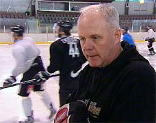 Oilers trener Gunnar Johansson Foto: NRK