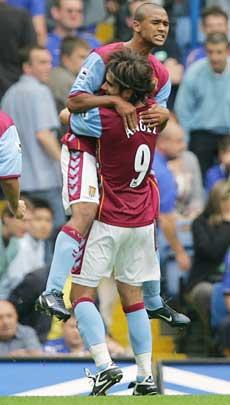 Luke Moore scoret mot Chelsea, men det hjalp desverre så lite. (Foto: AFP PHOTO / ODD ANDERSEN )