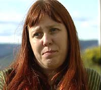 Schizofrenien tok fullstendig kontroll over livet til Arnhild Lauveng. I 10 år var hun inn og ut av institusjoner og lukkede avdelinger, i opptil flere år av gangen.