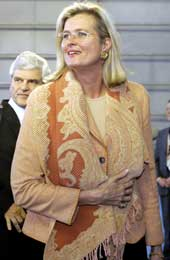 Østerrikes utenriksminister Ursula Plassnik var optimist da hun kom til Luxembourg i kveld (Scanpix/AP)