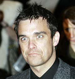 Robbie Williams lover «Intensive Care» på sin nye plate. Foto: AP / Scanpix.