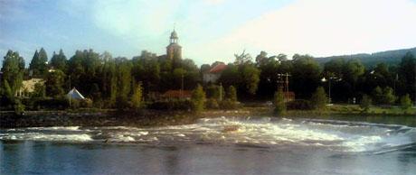 Hove er skuffet over at ikke statsrådene besøkte høyteknologihovedstaden Kongsberg.