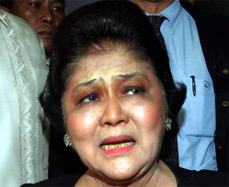 Imelda Marcos er rasande på filippinske styresmakter. (Foto: AP/Scanpix)