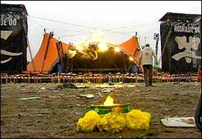 Fjorårets Pearl Jam konsert på Roskilde fikk et tragisk utfall.
