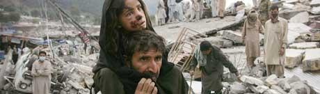 Etter jordskjelvet i Pakistan. Foto AP