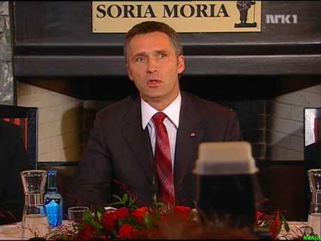 Jens Stoltenberg redegjør for de planer de rødgrønne partiene har (Foto NRK)