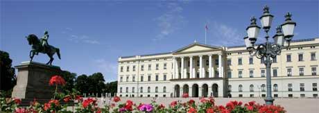 FÅR MER: Kongehuset får mer penger. Apanasjen til de kongelige økes med totalt 500.000 kroner. (Foto: Bjørn Sigurdsøn / SCANPIX)