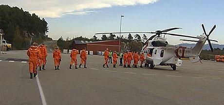 Helikopter er bare en av mange støykilder som kan ødelegge oljearbeidernes hørsel. (Foto: NRK)