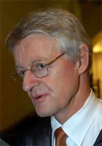 LETTET: Advokat Harald Stabell vil spille ballen over til gjenopptakelseskommisjonen. (Scanpix)