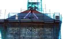 Det nye klokkespillet blir uten støpte klokker, men digital lyd formidlet via høyttalere i tårnet. (Foto: NRK)