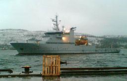 KV «Tromsø» kom til havn i Kirkenes i 0730-tida, (Foto: Merete Jørstad)