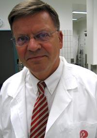 Torleiv Rognum, professor ved rettsmedisinske institutt. Foto: NRK, Brennpunkt