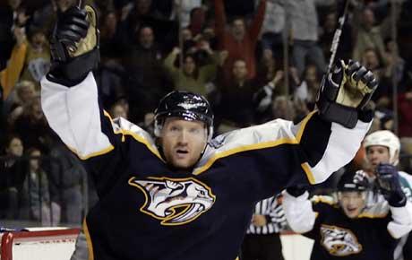 Scott Hartnell har hatt mye å juble for etter at han kom tilbake til NHL (Foto: AP Photo/Mark Humphrey)