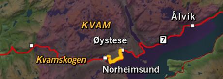 Kart over Kvam med tunnelen i gult. Grafikk: NRK.