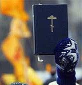 Kirken viser til at Bibelen har befalt menneskene til å råde over fiskene i havet og fuglene under himmelen.