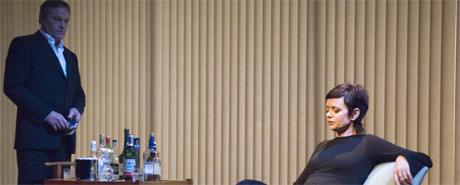 Bjørn Floberg og Gisken Armand i Ashes to Ashes. Foto Erik Berg