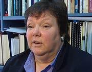 Professor Linda Jones ved Massey university på New Zealand, skal nå undersøke en større gruppe tannlegeassistenter, på bakgunn av resultatene fra den første undersøkelsen. Foto: NRK Brennpunkt