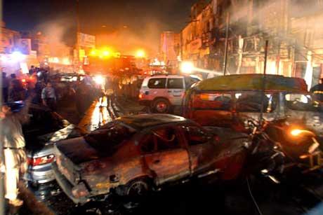 Minst 15 mennesker ble drept og flere titalls såret av bomben som gikk av i en folkemengde foran et kjøpesenter (Scanpix/AFP)