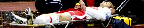 Dagfinn Enerly ble hardt skadet i et uhell i kampen mellom Start og FFK (Foto: Scanpix)