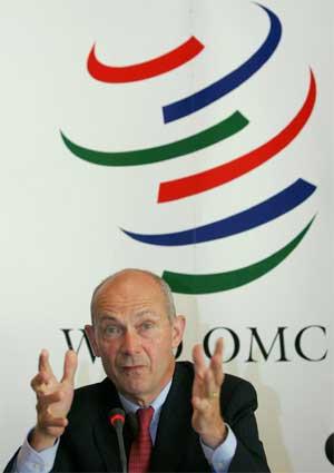 EUs tidligere handelskommissær, franskmannen Pascal Lamy, er WTOs generaldirektør. (Foto: Martial Trezzini/ Keystone/ AP/ Scanpix)