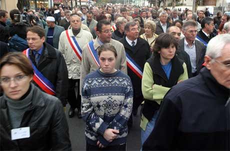 Demonstrasjonstoget i Aulnay-sous-Bois i dag. (Foto: Scanpix / AP)
