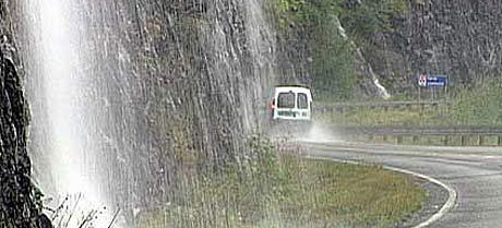 Det er venta store nedbørmengder i ettermiddag. Foto: Torje Bjellaas.